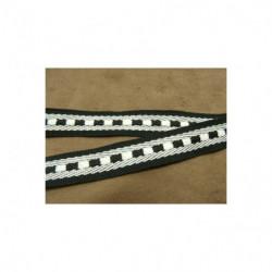 broderie coton avec lurex argent et vert clair, 2.7 cm, ,sublime  pour toutes décorations sur vetements , lingerie, robe,