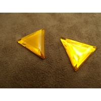 Strass triangle  jaune, ,24 mm, vendu par 10 pièces