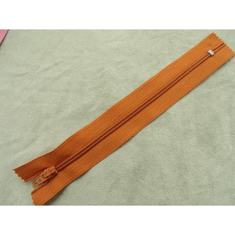bouton acrylique a 2 trous vert, de belle qualité