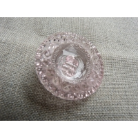 bouton multi facette- rose transparent