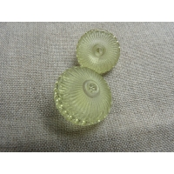 bouton vert anis transparent