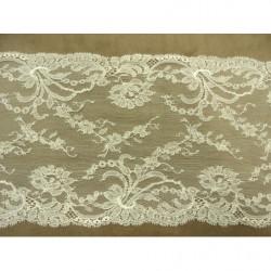 bouton carré noir à 2 trous