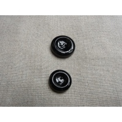 Bouton noir à 2 trous