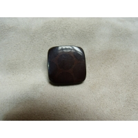 BOUTON ACRYLIQUE-MARRON