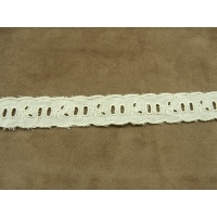 BRODERIE ANGLAISE- 2,5 cm- CREME