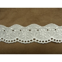 Broderie anglaise -2,5cm- blanche