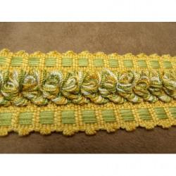 tissu crêpe orange en forme d 'étoile blanche