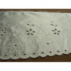 tissu crêpe - 150 cm- bleu sur fond blanc