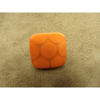 BOUTON CARRE ACRYLIQUE- ORANGE