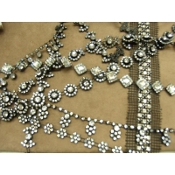 ruban perle et strass- photo de presentation