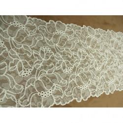 ruban frange viscose rouge, 10 cm, Idéal pour customiser un vêtement robe ,tee shirt ,ou un objet ,chapeau ,sac