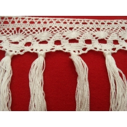 ruban pompom blanc, 12  cm, convient pour customiser un vêtement ,robe, tee shirt, ou un objet ,chapeau, sac
