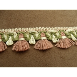 ruban avec pompon beige et bois de rose, 3 cm, sublime  pour customiser un vêtement ,robe, tee shirt, ou un objet ,chapeau, sac