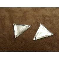 Strass triangle argent, 26  mm, convient  pour vêtement, pochette, sac....vendu par 10 pièces