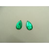 Strass goutte vert ,16  mm, sublime pour vêtement, pochette, sac...vendu par 10 pièces
