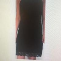 customisation d'une robe noire avec nos sublimes DENTELLE de fabrication française