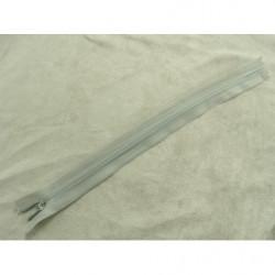 bouton acrylique a 2 trou- 26mm- beige clair