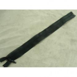 bouton acrylique a 2 trou- 26mm- noir