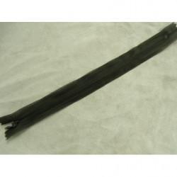 bouton acrylque a 2 trou- 26mm- fauve