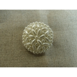 bouton perlé blanc