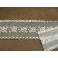 RUBAN BRODES- 5,5 cm- BRODEE SUR TULLE- BLANC