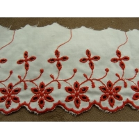 BRODERIE ANGLAISE  FOND BLANC- 7 cm /5 cm-ROUGE
